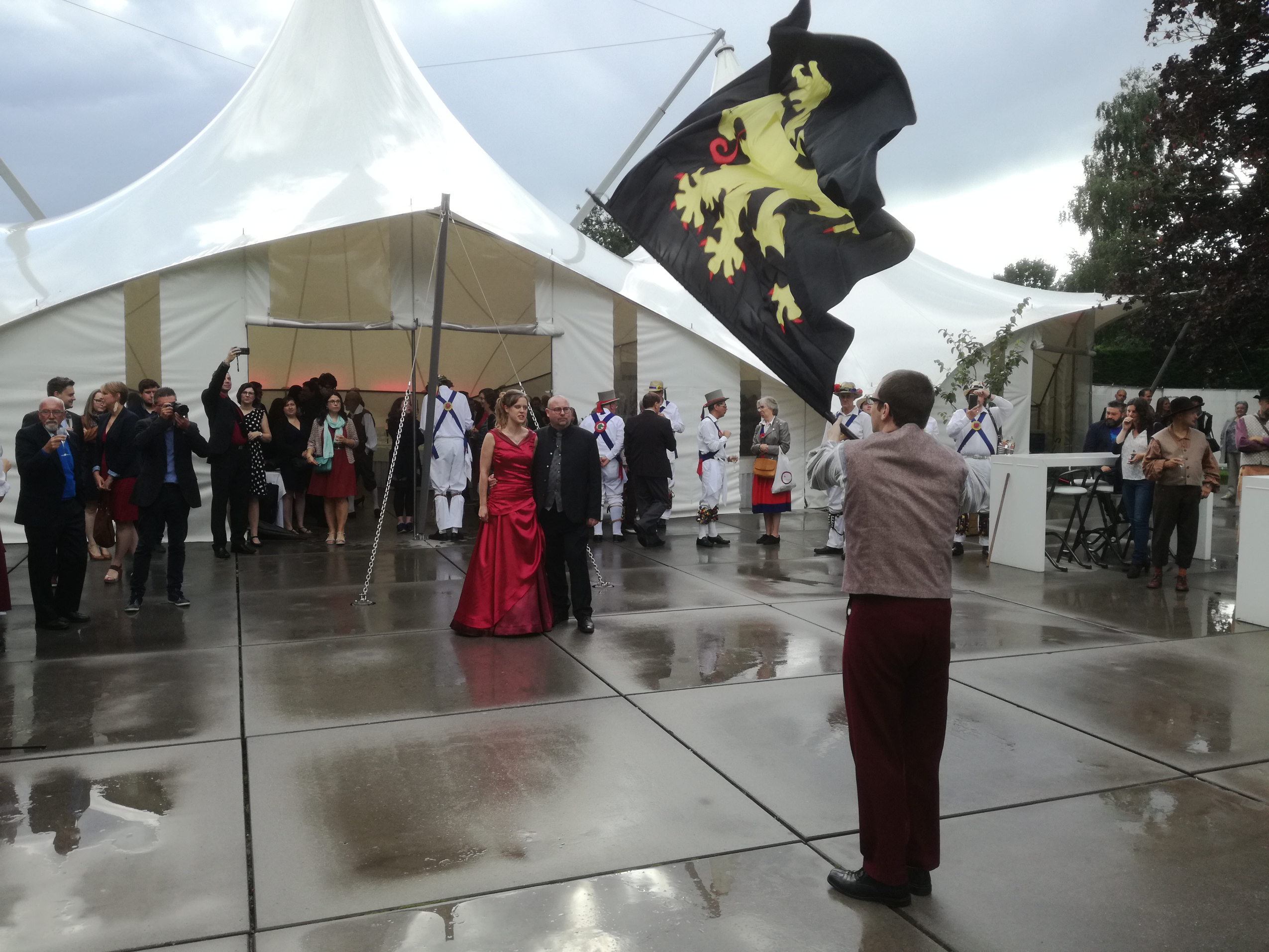 Lieven and Maria's Wedding - Flag Waving for the Happy Couple