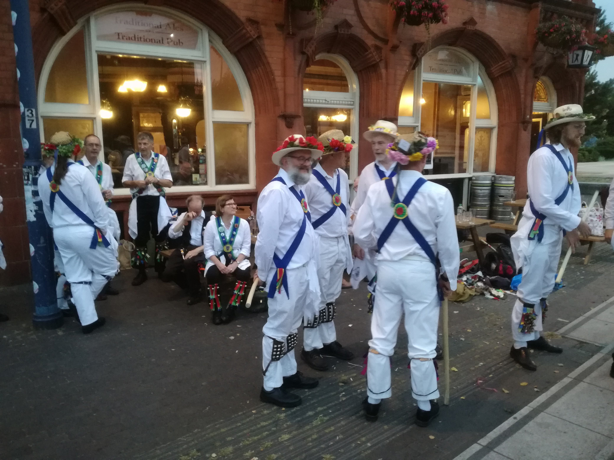 """With Guests at """"The Woodman"""" for an Evening of Dancing in June"""