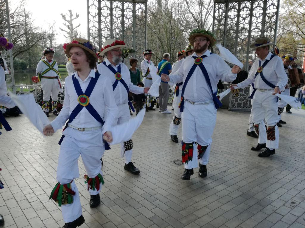 Dancing in Flanders